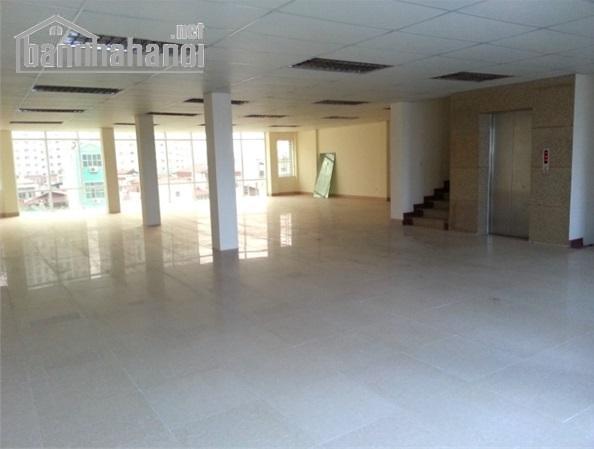Cho thuê sàn văn phòng Trung Hòa Nhân Chính 500m2 giá 180tr/tháng
